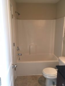 125 A Winterberry bathroom